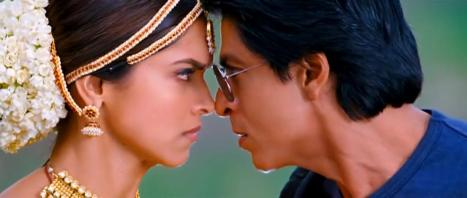 Chennai Express 2013 Hindi DvDRip 720p x264...Hon3y.mkv_snapshot_01.08.35_[2014.01.23_01.42.24]